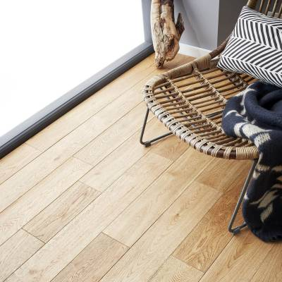 Woodpecker York Solid Oak Flooring - Select Oak (Brushed & Matt Lacquered)